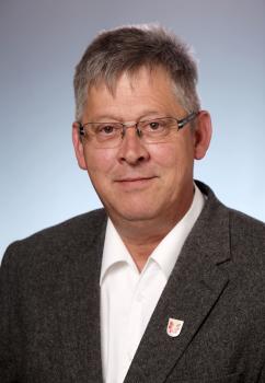 Herr Andreas Kölle