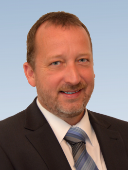 Herr Dr. Jens Wilharm